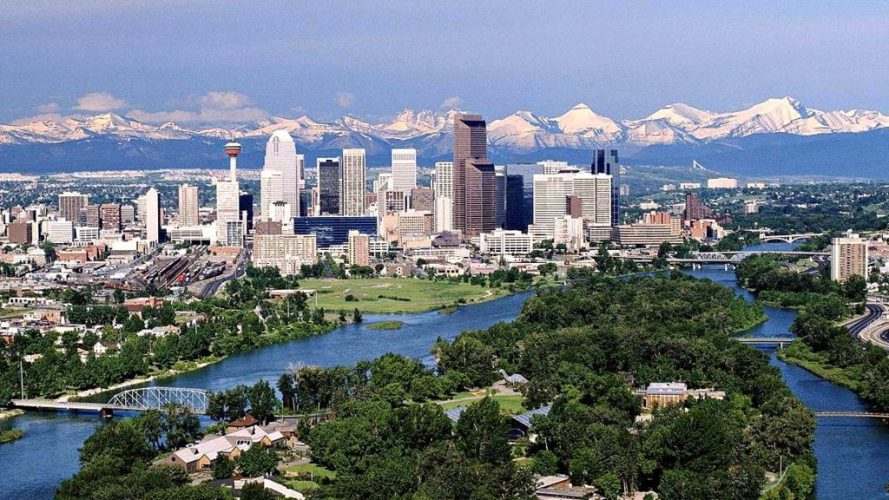 architectureimg.com-other-calgary-alberta-calgs-canada-skyscrapers-mountains-river-cityscape-free-desktop-background-1024x576